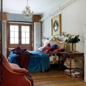 Уютная спальня в эклектичном стиле