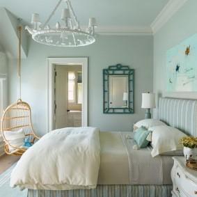 Окраска стен спальни в однотонный цвет