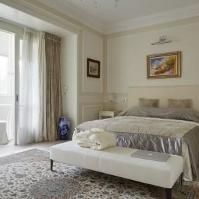 интерьер спальни после присоединения балкона