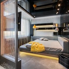 Необычный интерьер спальни в стиле хай-тек