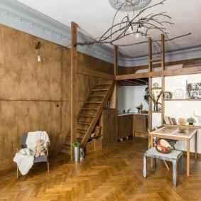Оформление двухъярусной квартире в дома довоенной постройки