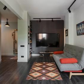 Раскладной диван без подлокотников в гостиной