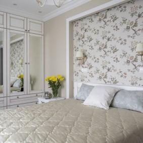 Оформление акцентной стены в спальной комнате