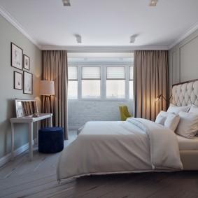 Белый потолок в спальной комнате