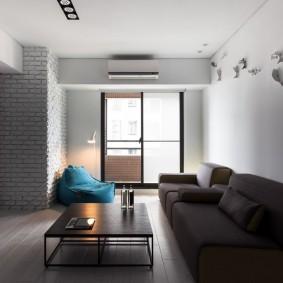 Мягкая мебель в гостиной минималистического стиля