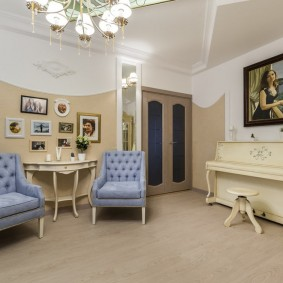 Меблировка комнаты в стиле модерн