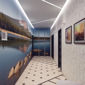 Панорамные фотообои в коридоре квартиры