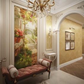 Мягкая скамейка в коридоре классического стиля