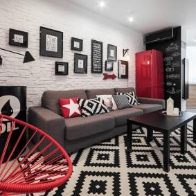 Красные акценты в интерьере гостиной комнаты