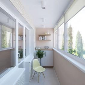 Светлая отделка утепленного балкона