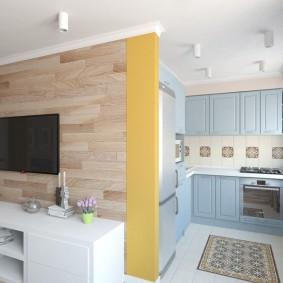 Голубой гарнитур в кухне-гостиной