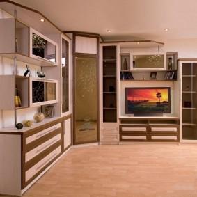 Угловой гарнитур в гостиной современного стиля