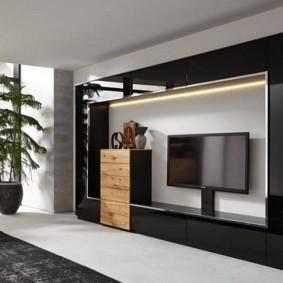 Черная отделка мебельной стенки