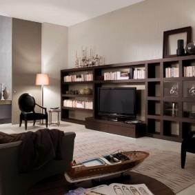 Коричневая мебель в интрьере гостиной