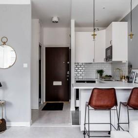 Мини-кухня в квартире студийного типа