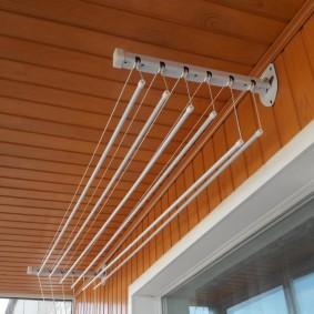 Потолочная модель балконной сушилки