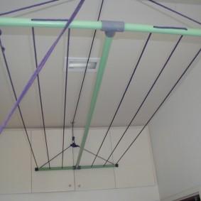 Потолочная сушилка с пластиковыми трубками
