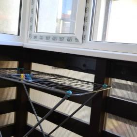 Напольная сушилка на лоджии в квартире
