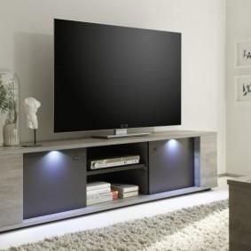 Декоративная подсветка фасада ТВ-тумбы