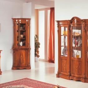 Классическая мебель из натуральной древесины