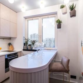 керамическое фотопанно на стене кухни