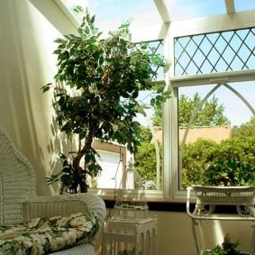Уютный уголок для отдыха на любимой даче