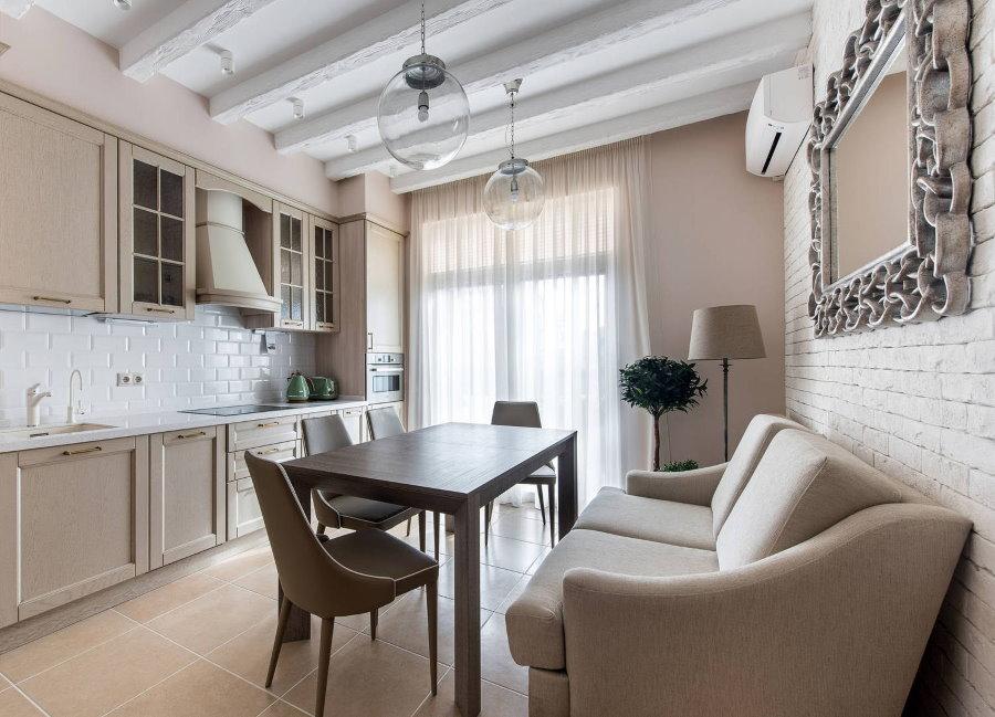 Раскладной диван на кухне прямоугольной формы