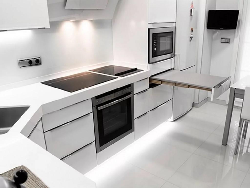 Выдвижной столик на кухне в стиле хай-тек