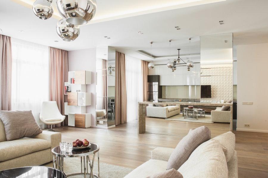 Фото просторной квартиры в современной новостройке