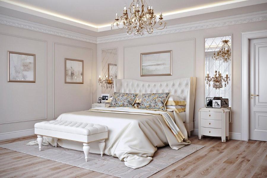 Двухспальная кровать в спальне стиля неоклассика