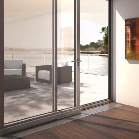 Дверь из алюминиевого профиля теплого типа