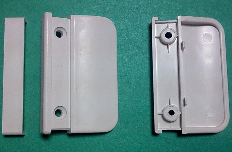 Пластиковая балконная ручка без механизма запирания двери