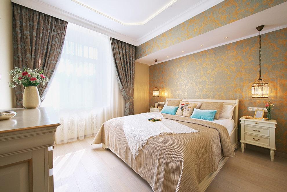 Отделка стен спальни виниловыми обоями