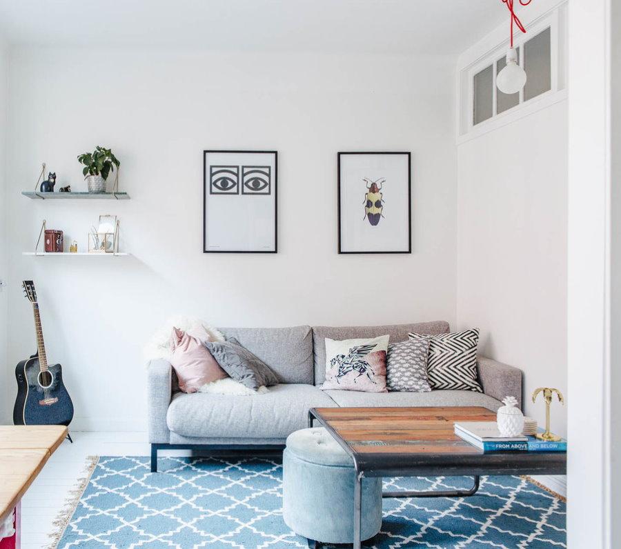 Интерьер небольшой комнаты в стиле сканди