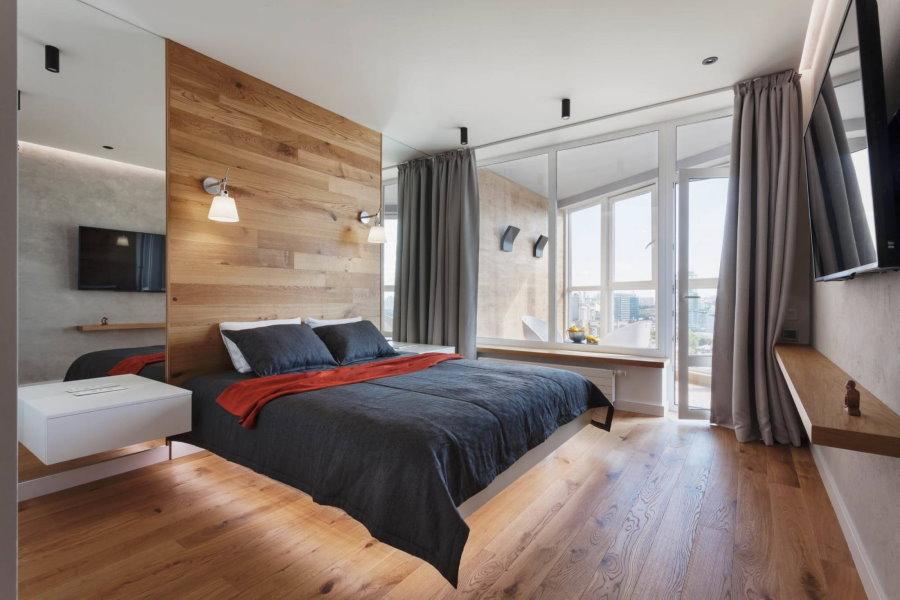 Декоративная подсветка кровати в спальне с балконом