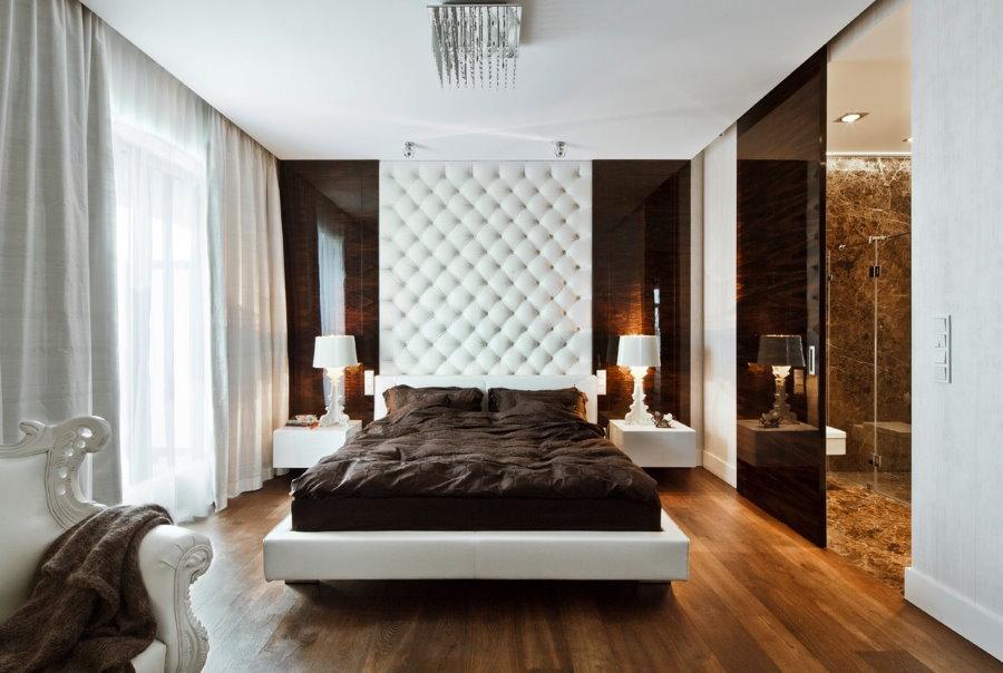 Мягкие панели над кровать в спальне