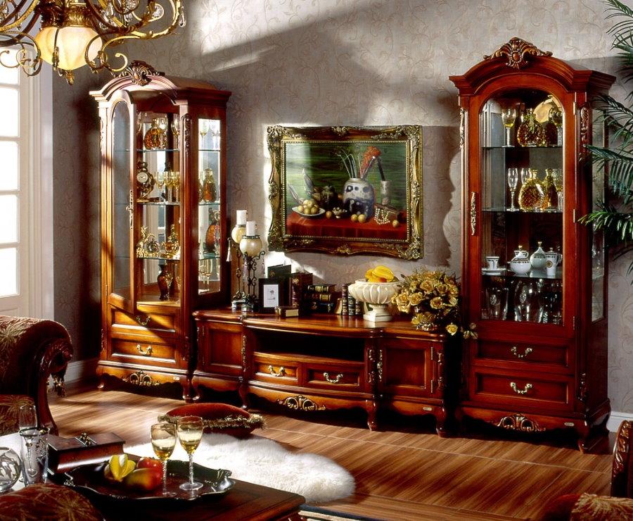 Мебельная стенка с витринами для посуды