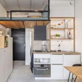 Двухъярусная квартира-студия небольшой площади