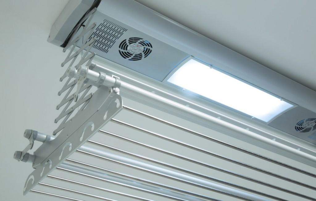 Балконная сушилка с электроприводом и подсветкой