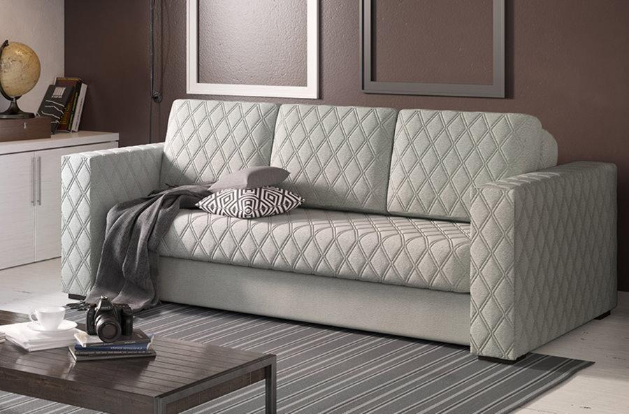 Раскладной диван со спальным местом в гостиной