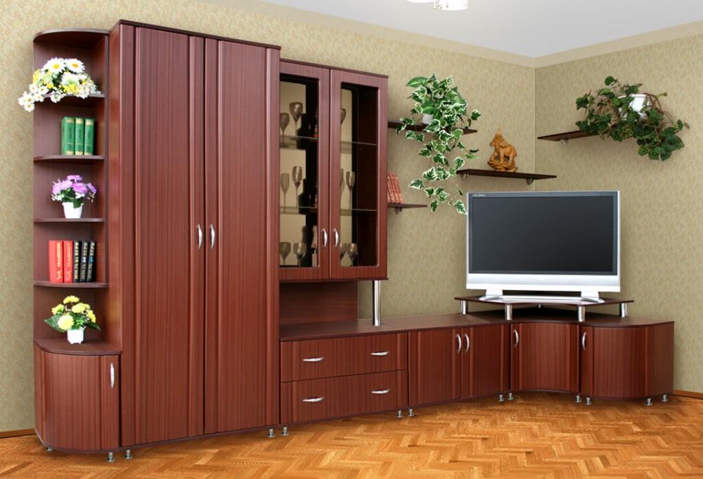 Угловая стенка с платяным шкафом в гостиную