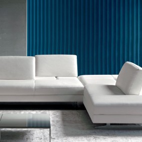 миималистический диван в гостиную комнату