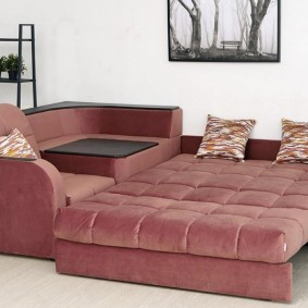 Спальное место в угловом диване