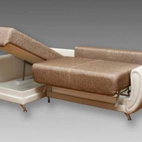 Угловая модель раскладного дивана