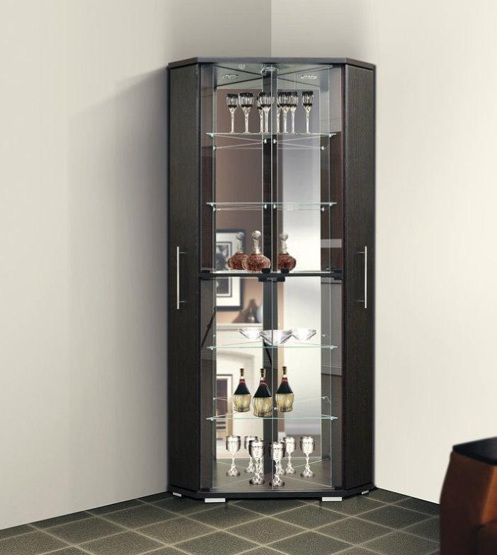 Угловой шкаф для размещения посуды в гостиной стиля хай-тек