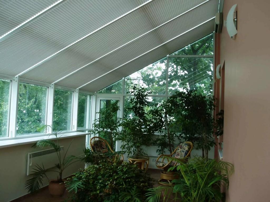 Затенение зимнего сада бумажными шторами-плиссе