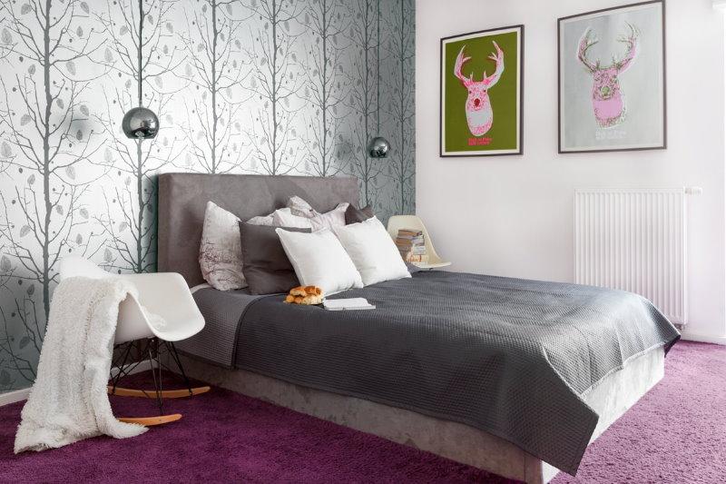 Декорирование спальной комнаты обоями