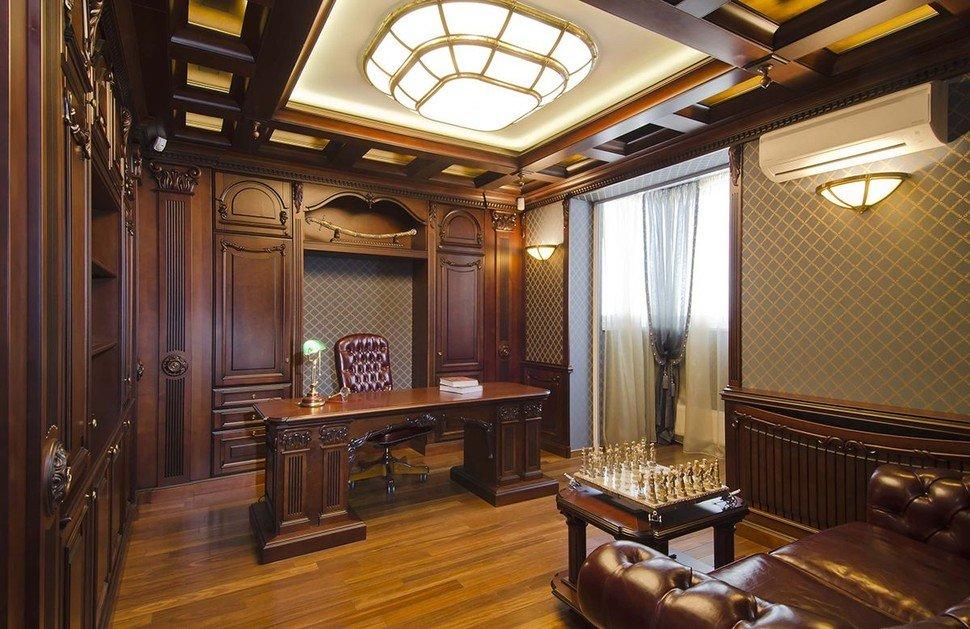 Освещение в рабочем кабинете стиля классика
