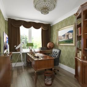 Небольшой кабинет в классическом стиле