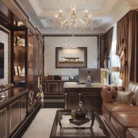 Интерьер гостиной комнаты с домашним кабинетом